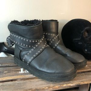 Ugg black leather short boots. Size 7